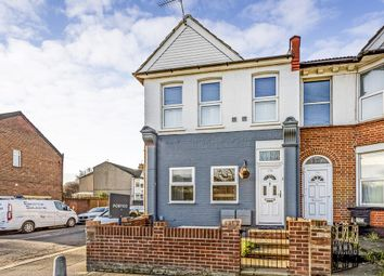 Thumbnail 1 bed flat for sale in Chigwell Road, London