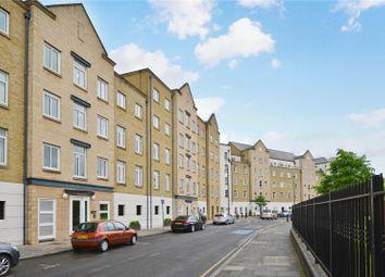 Thumbnail 1 bed flat to rent in Dunbar Wharf, 126-134 Narrow Street, London