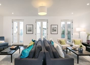Thumbnail 4 bed detached house for sale in Ravenscourt Park, London
