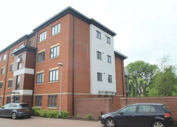 Thumbnail 2 bed flat to rent in Bartlett Crescent, High Wycombe