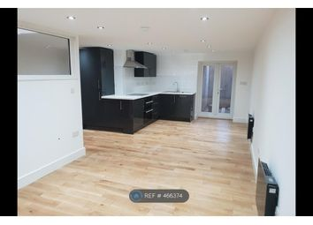 Thumbnail Studio to rent in Wood Vale, London
