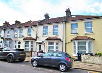 4 bed terraced house for sale in Brent View Road, London NW9