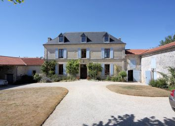 Thumbnail 5 bed property for sale in Saint Saturnin, Poitou-Charentes, France