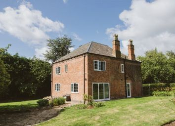 Thumbnail 5 bed cottage for sale in Nethergate, Clifton, Nottingham