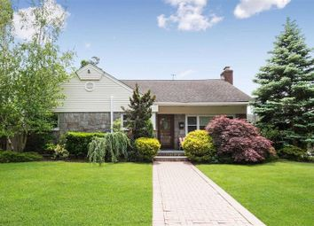 Thumbnail 6 bed property for sale in Rockville Centre, Long Island, 11570, United States Of America