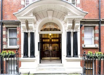 Thumbnail 2 bedroom flat for sale in Clarence Gate Gardens, Glentworth Street, London