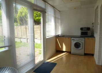 Thumbnail 3 bedroom property to rent in Warren Avenue, Shirley, Southampton