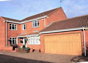 Thumbnail 5 bed detached house for sale in Greenacre Park, Roos, Hull
