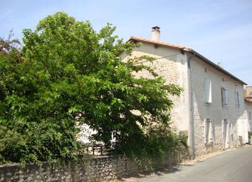 Thumbnail 4 bed town house for sale in Near Aubeterre-Sur-Dronne (Commune), Aubeterre-Sur-Dronne, Angoulême, Charente, Poitou-Charentes, France