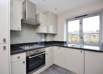 Thumbnail 2 bed flat to rent in Choumert Road, Peckham
