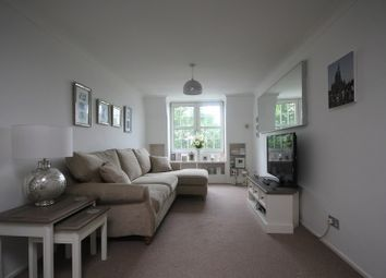 Thumbnail 2 bed flat to rent in Palmers Hill, Epping, Essex