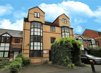 Simmonds Street, Reading, Berkshire RG1. 1 bed flat for sale