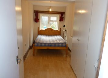 Thumbnail 1 bed flat to rent in Walm Lane, Willesden, London