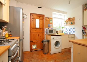 Thumbnail 3 bedroom flat to rent in Weir Road, Balham
