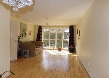 Thumbnail Flat to rent in Sansom Road, London