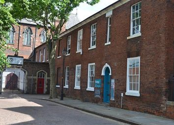 Office to let in St Johns Square, Wolverhampton WV2