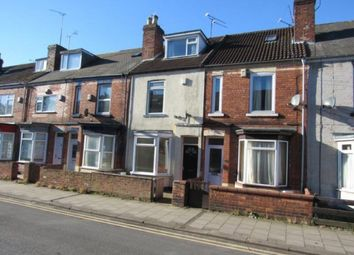 Thumbnail 4 bed terraced house to rent in Gordon Street, Gainsborough