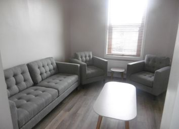 Thumbnail 1 bed flat to rent in Lily Grove (Room 2), Beeston