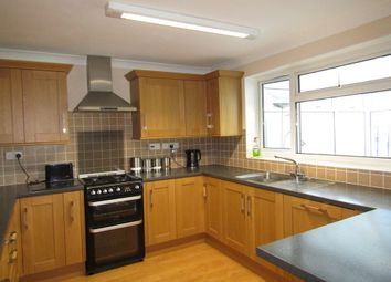 Thumbnail 5 bedroom detached house for sale in Silvester Road, Cowplain, Waterlooville