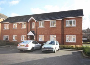 Thumbnail 2 bed property to rent in Harbourne Close, Kenilworth, Warwickshire
