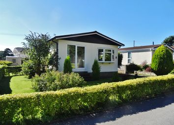 Thumbnail 2 bed mobile/park home for sale in New Park, Quarry Moor Park