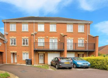 Thumbnail 3 bed property to rent in Campion Road, Hatfield, Herts