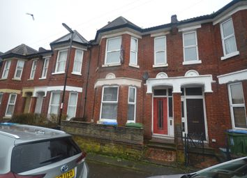 6 bed terraced house to rent in 12 Shakespeare Avenue, Southampton SO17