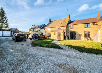 Thumbnail 3 bed cottage to rent in Wappenham Road, Helmdon, Brackley