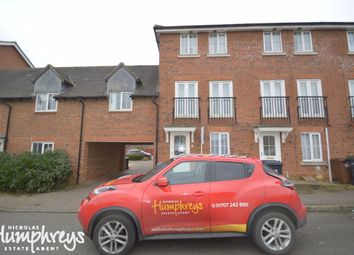 5 bed property to rent in Tiger Moth Way, Hatfield AL10