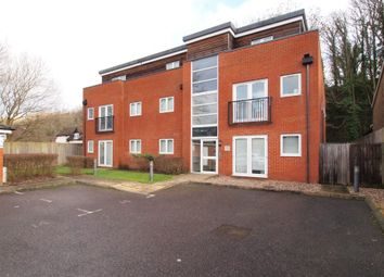2 bed flat to rent in Woodside, 147 Godstone Road, Whyteleafe CR3