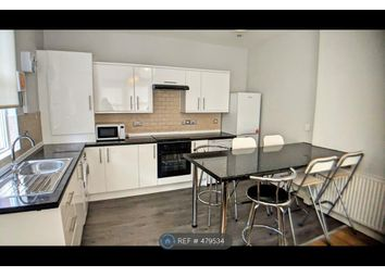 Thumbnail 4 bed flat to rent in Kirkstall Lane, Leeds