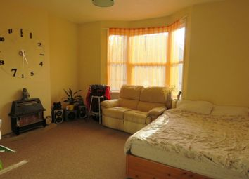 Thumbnail 1 bedroom flat for sale in South Farm Road, Broadwater, Worthing