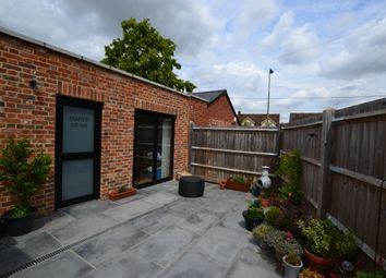 Thumbnail 1 bed flat to rent in The Street, Crowmarsh Gifford, Wallingford