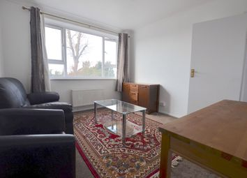 Thumbnail 1 bed flat to rent in Bramley Road, Southgate