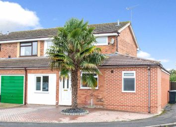 Woodhill Drive, Grove, Wantage OX12. 4 bed semi-detached house