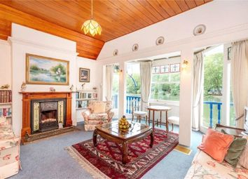 Lower Teddington Road, Hampton Wick, Surrey KT1