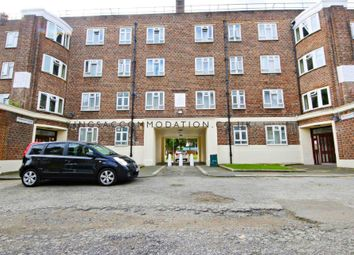 Thumbnail 4 bed flat to rent in Tulse Hill, London