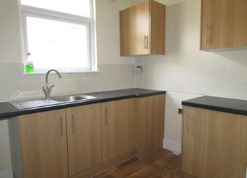 2 bed flat to rent in New Road, Portsmouth, Hampshire PO2