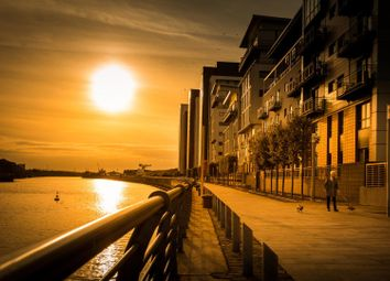 Thumbnail 2 bed flat for sale in Meadowside Quay Square, West End, Glasgow