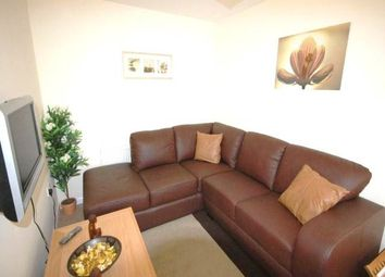 Thumbnail Room to rent in Greenock Crescent, Wolverhampton
