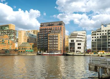 Thumbnail 2 bed flat for sale in Turnberry Quay, Canary Wharf, London