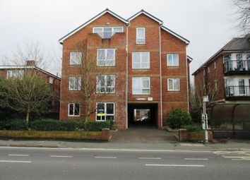 Thumbnail 2 bed flat to rent in Hill Lane, Southampton