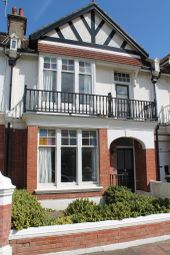 Thumbnail 2 bed flat to rent in Carlisle Road, Hove