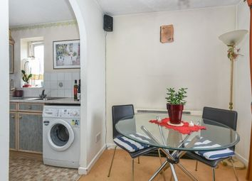 Thumbnail 2 bedroom flat to rent in School House Gardens, Loughton