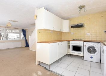 Thumbnail 3 bed maisonette to rent in Dedworth Road, Windsor
