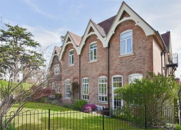4 bed semi-detached house for sale in Avenue Road, Malvern WR14