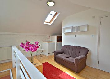 Thumbnail 1 bed flat to rent in Uxbridge Road, Ealing