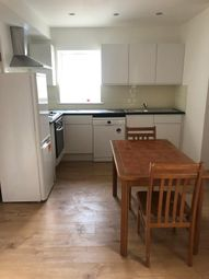 2 bed maisonette to rent in Primrose Avenue, Romford RM6