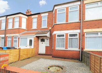 2 bed terraced house to rent in Balmoral Avenue, Hull HU6