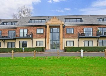 Thumbnail 2 bedroom flat for sale in Abridge Road, Chigwell, Essex